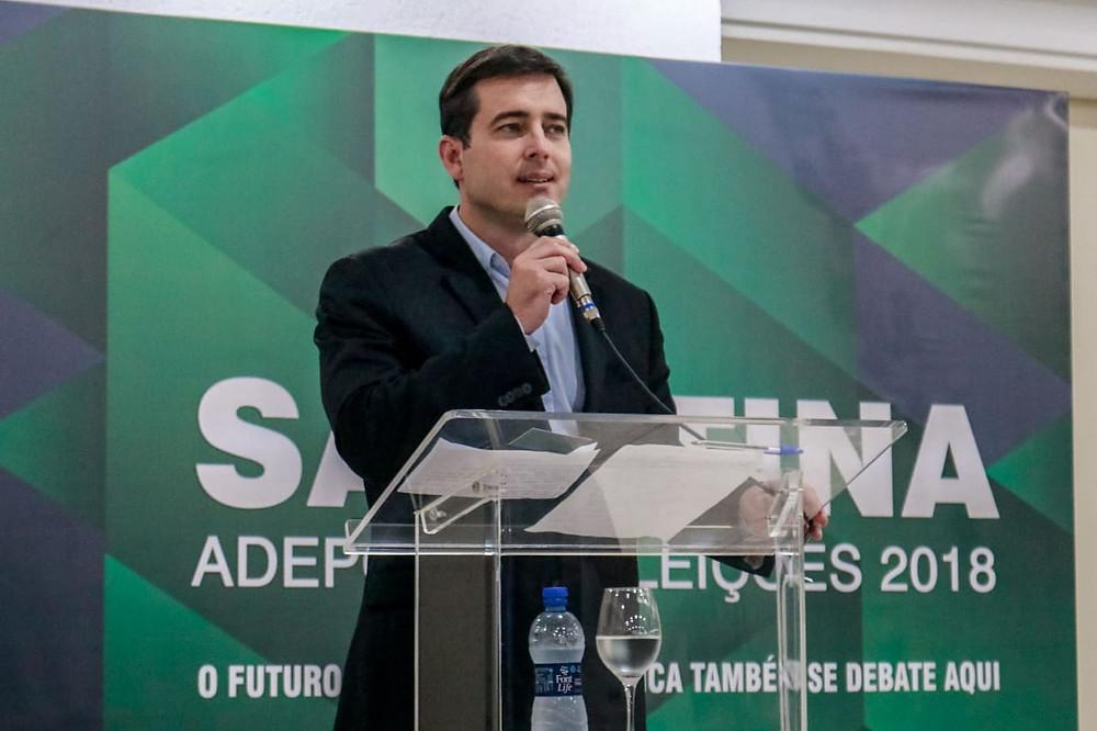 Arruda aponta déficit da previdência pública no Paraná