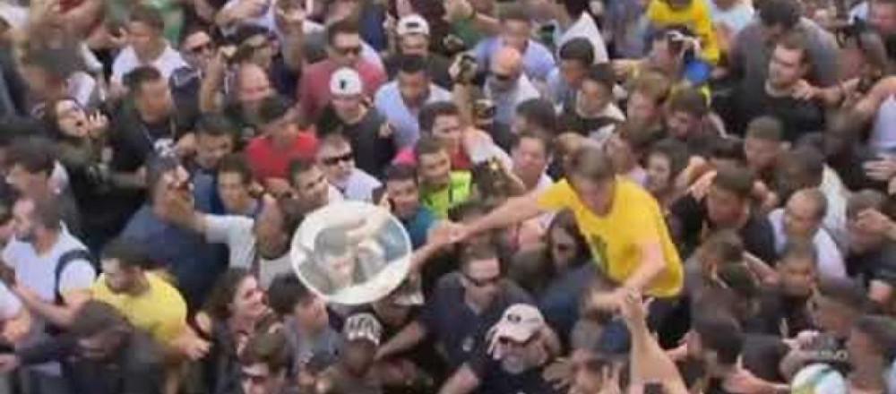 PF reforça versão de que agressor de Bolsonaro atuou sozinho