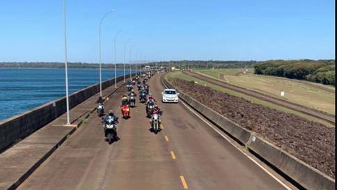 Turismo sobre duas rodas na usina de Itaipu agrada motociclistas