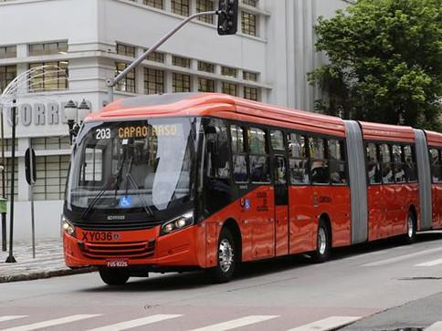Ônibus continuam com ocupação máxima de 70%