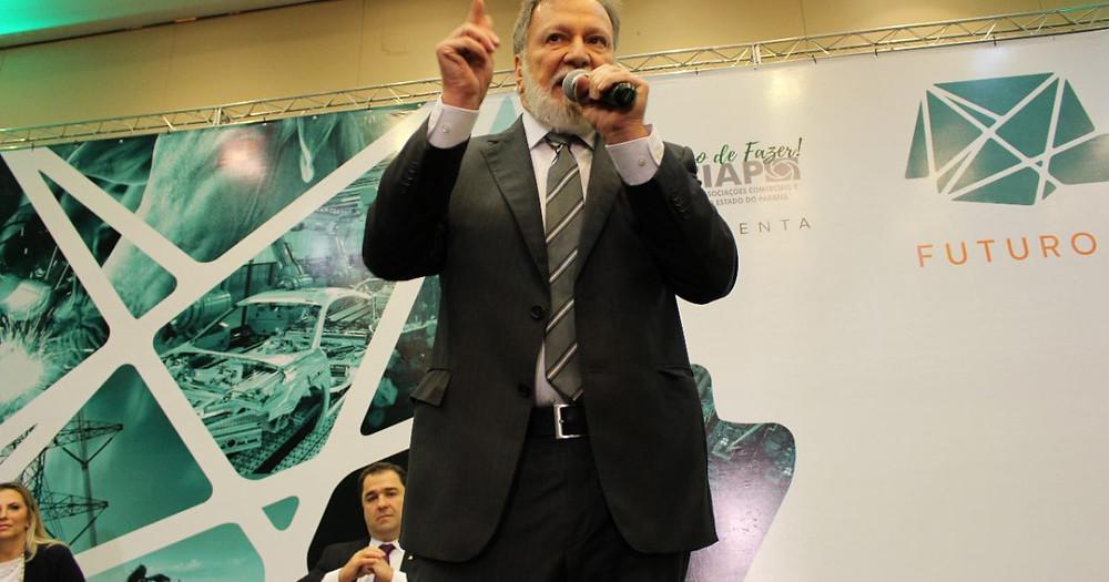 Osmar Dias aposta no reaquecimento internacional da economia