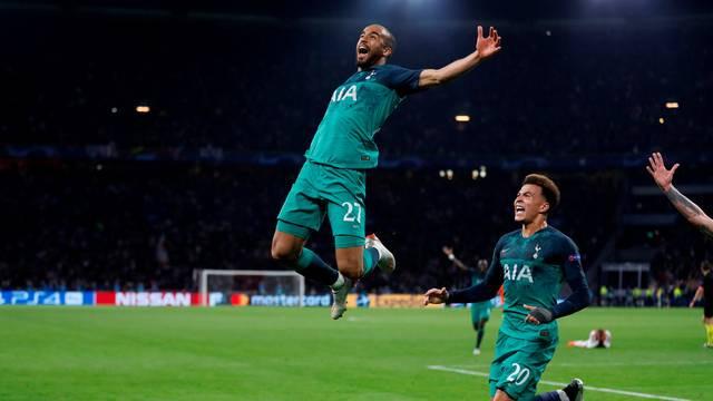 Lucas faz história na Champions e põe Tottenham na final