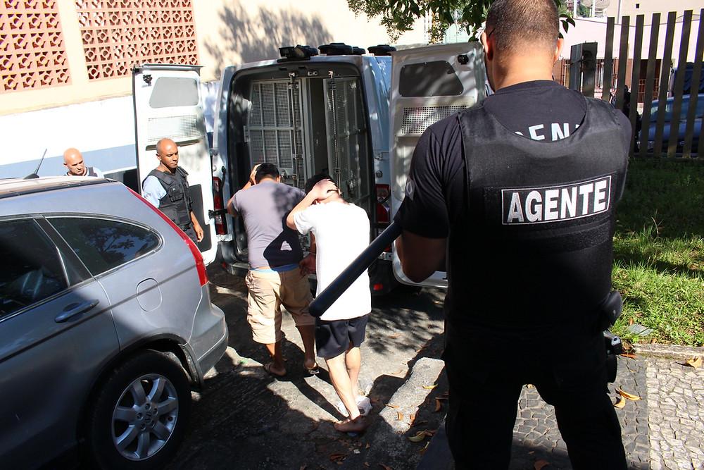 Membros do PCC são transferidos para Piraquara