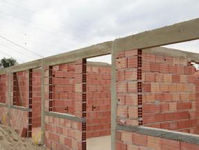 Famílias do Fazendinha vão receber casa nova com paineis solares