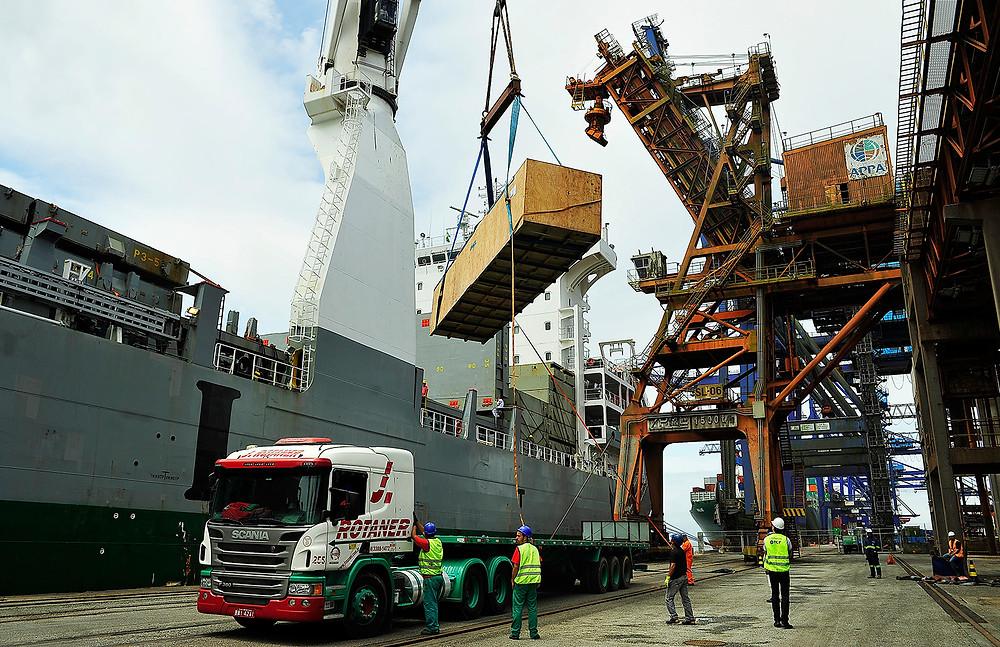 Porto de Paranaguá movimenta 52 milhões de toneladas