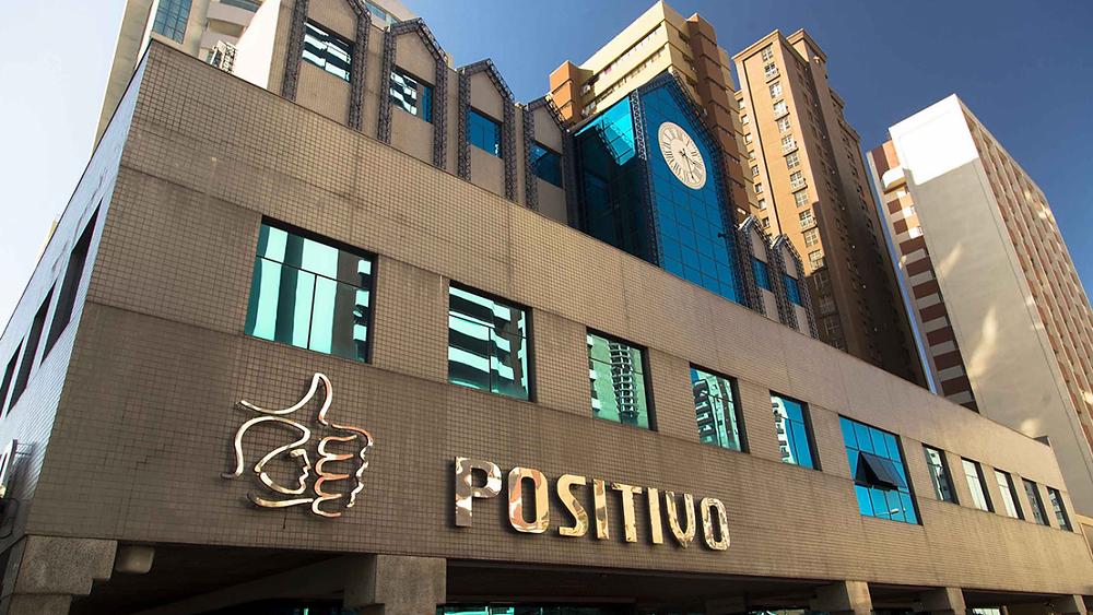 Positivo anuncia venda de sistema de ensino para grupo paulista