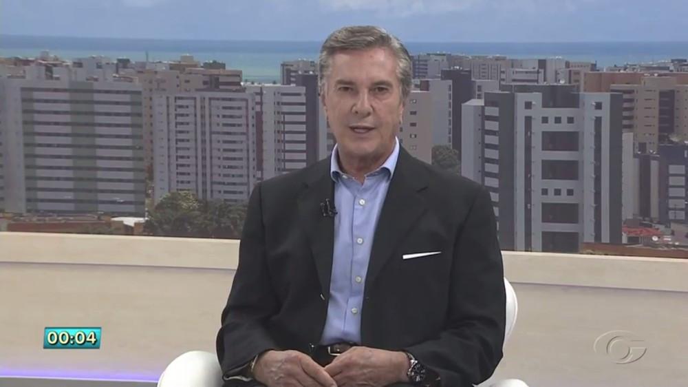 Collor desiste de candidatura ao governo de Alagoas