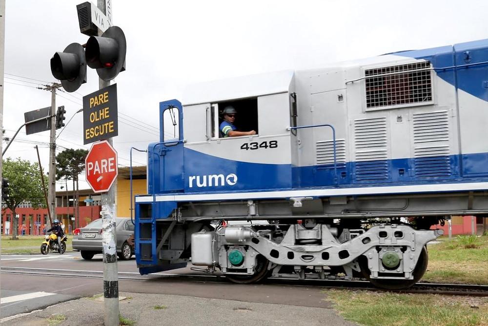 Câmara quer regulamentar apito dos trens em Curitiba