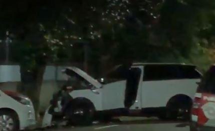 Acidente de carro com jogador do São Paulo deixa duas ferias