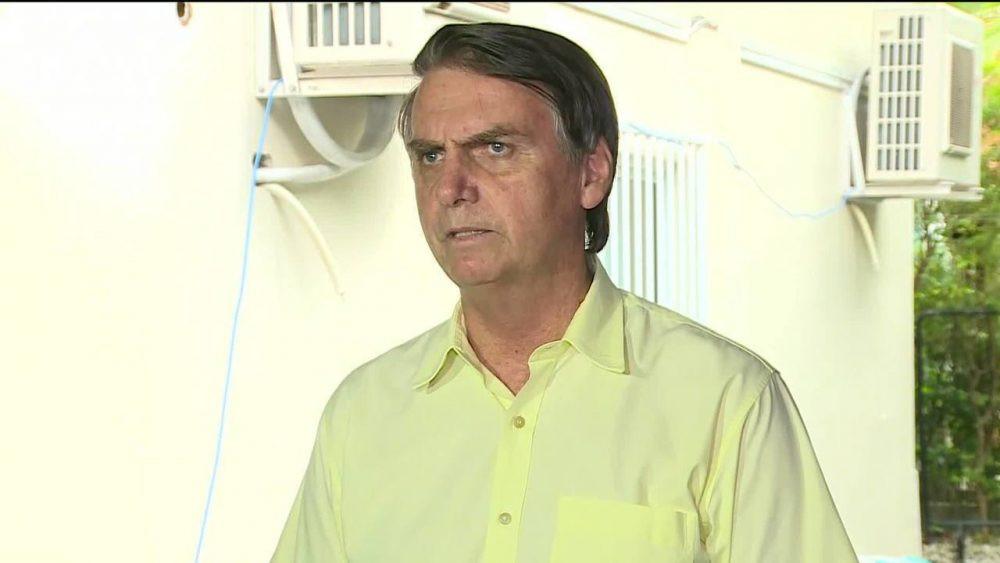 Bolsonaro barra Folha e outros jornais em primeira entrevista