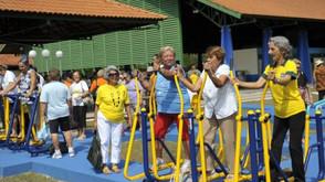 Expectativa de vida das mulheres no Brasil é de 80,1 anos