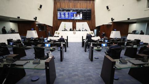 Assembleia aprova redução de repasses ao Paraná Previdência