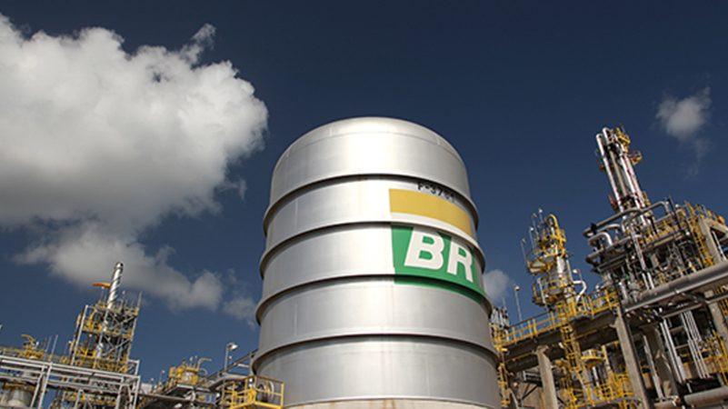 Bolsonaro diz que pode privatizar parte da Petrobras