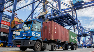 Importações aumentam a movimentação de cargas nos portos do PR