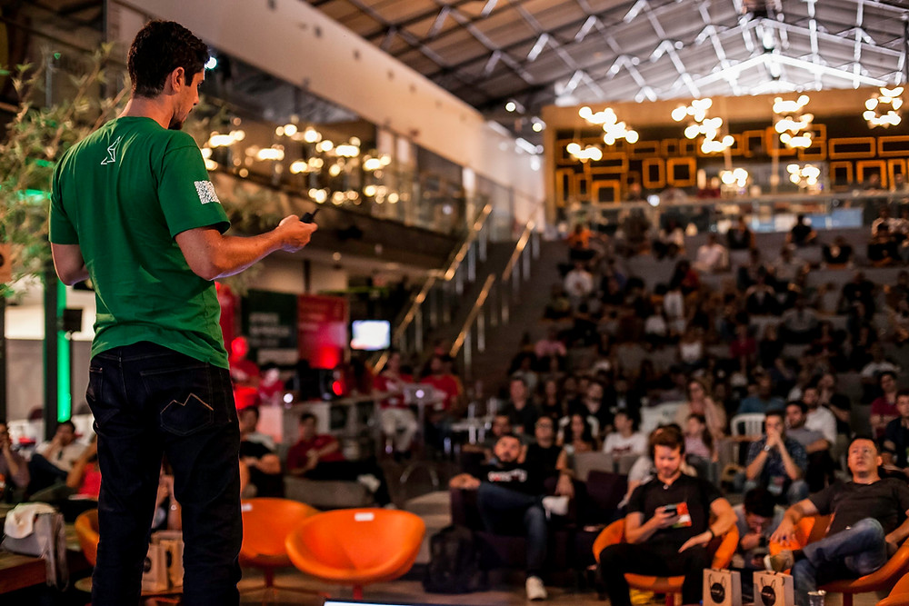 Curitiba recebe maior evento de vendas do Brasil