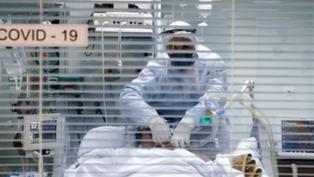 Excesso de casos de Covid-19 lotam três hospitais de Curitiba