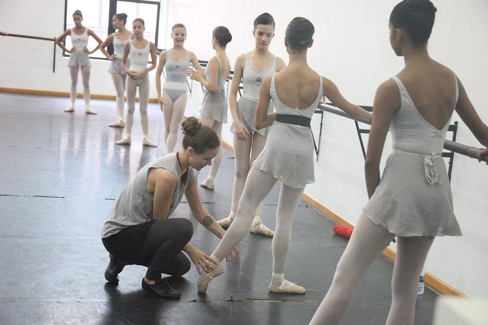 Escola de Dança Teatro Guaíra abre inscrições