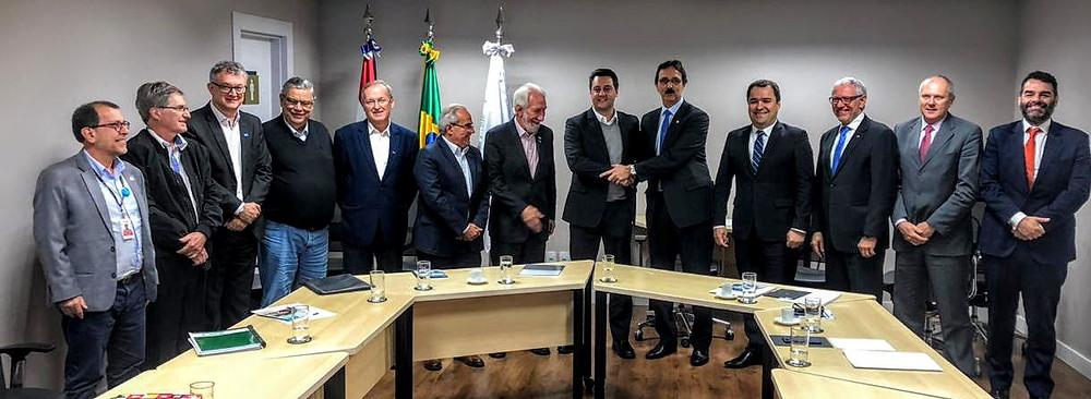Ratinho Jr. realiza encontro técnico com G7 e Itaipu