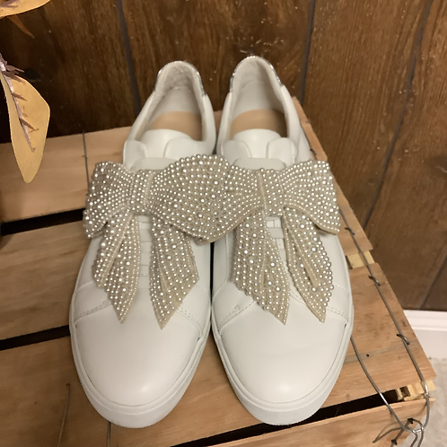 Size 8 INC bow slip on sneakers