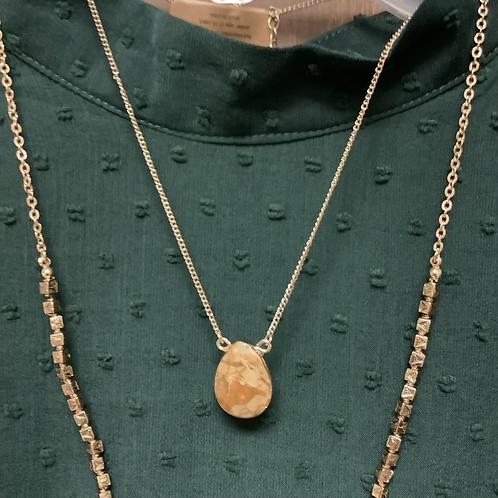 Brown teardrop necklace