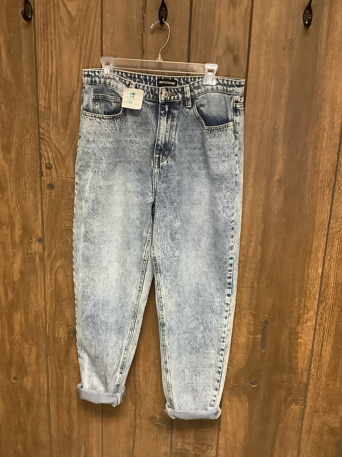 Pretty Little Thing jeans size 14
