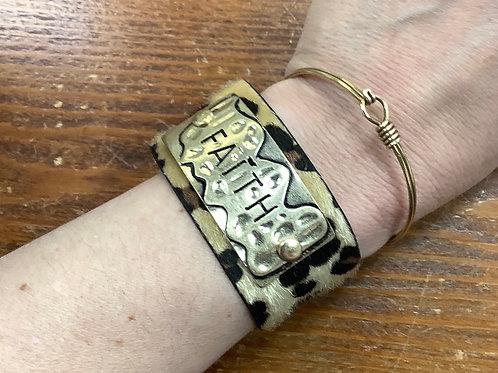 Faith leopard furry bracelet