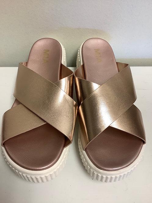 Size 8 Mia platform sandals rose gold