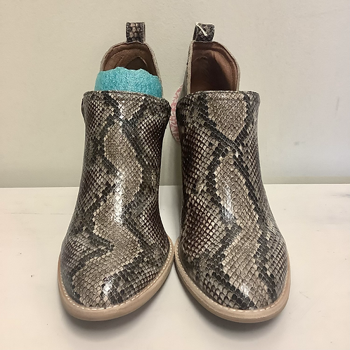 Size 9.5 Jeffrey Campbell Boots