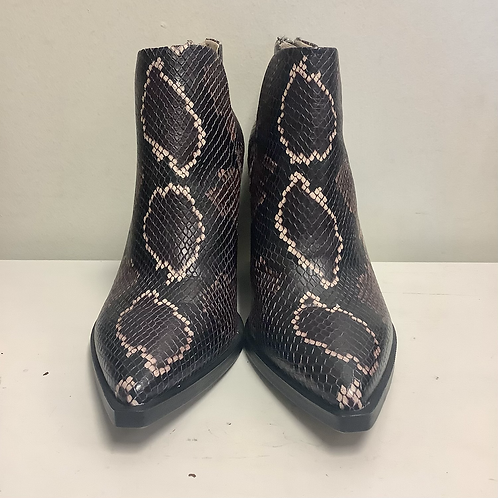 Size 9.5 Vince Camuto Snakeskin Boots