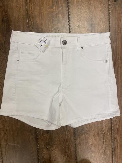 Size 8 AE White Shorts