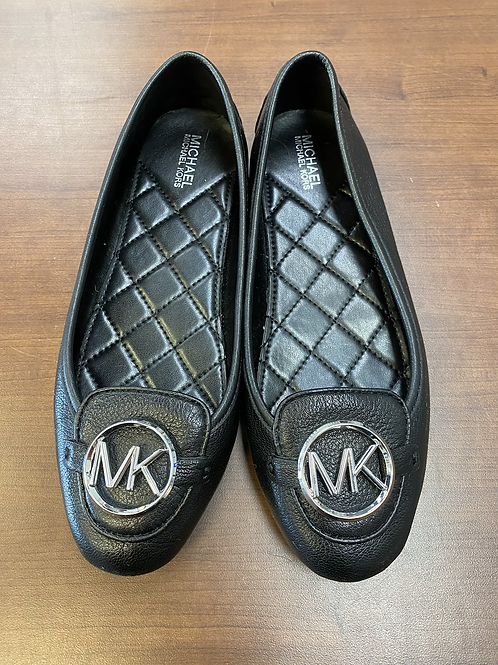 MK size 6 flats