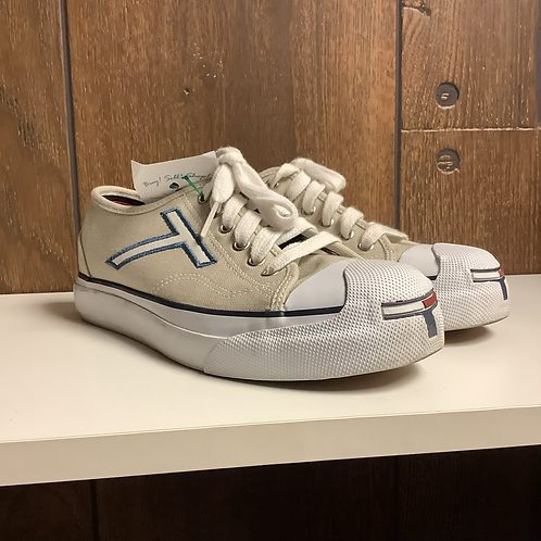 Size 6.5 Tommy Hilfiger sneakers