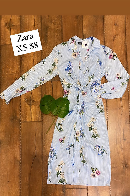 Size XS Zara waist detail button down dress