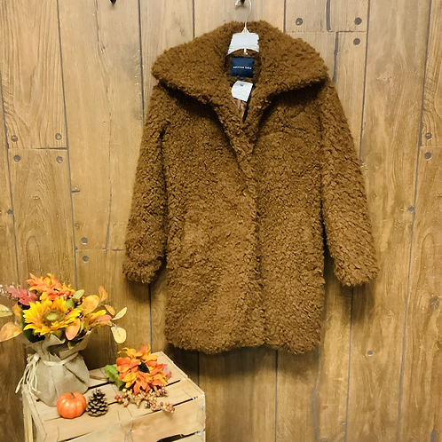 Small American Eagle outfitters teddy bear coat brown