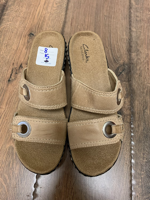 Clark sandals size 8
