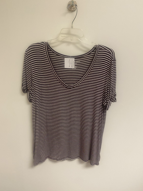 SIZE Xl American Eagle Top