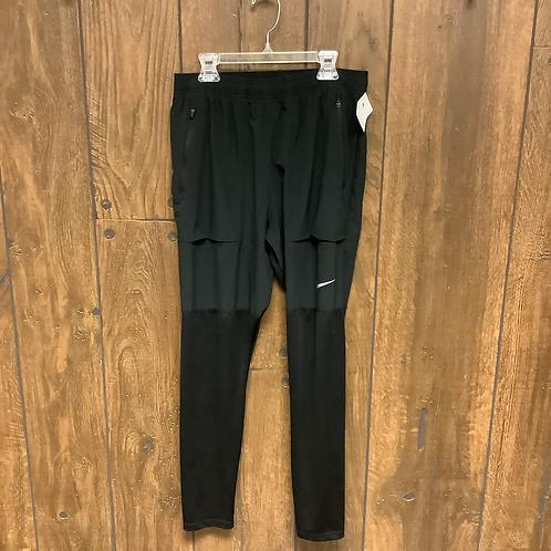 Nike joggers size M