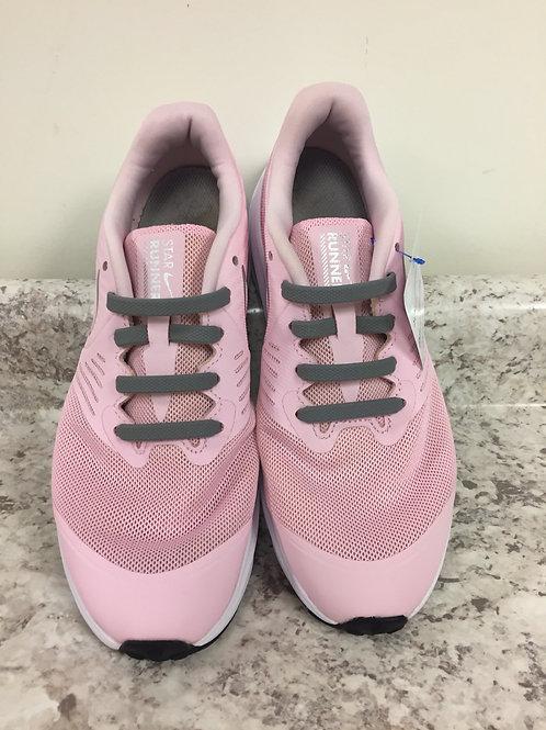 4.5Y Nike star runner sneakers pink