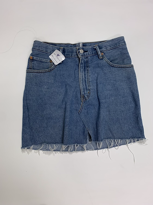 Levi jean skirt size L