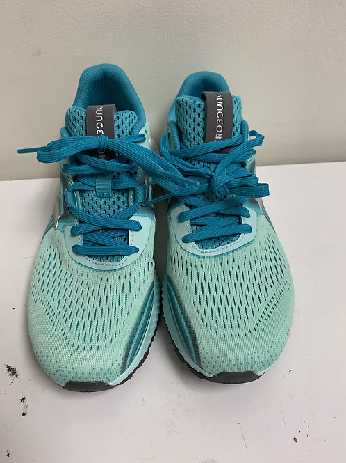 Adidas 3 ounce shoes size 6.5