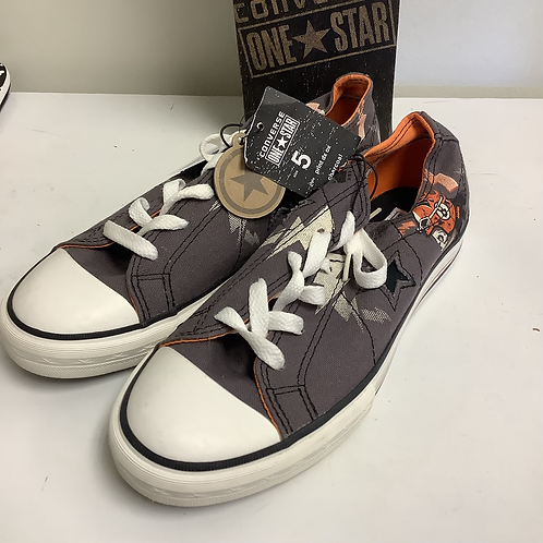 Size 5 converse new with tags gray/orange