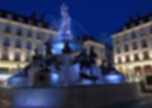 1024px-Place-royale_nantes.jpg