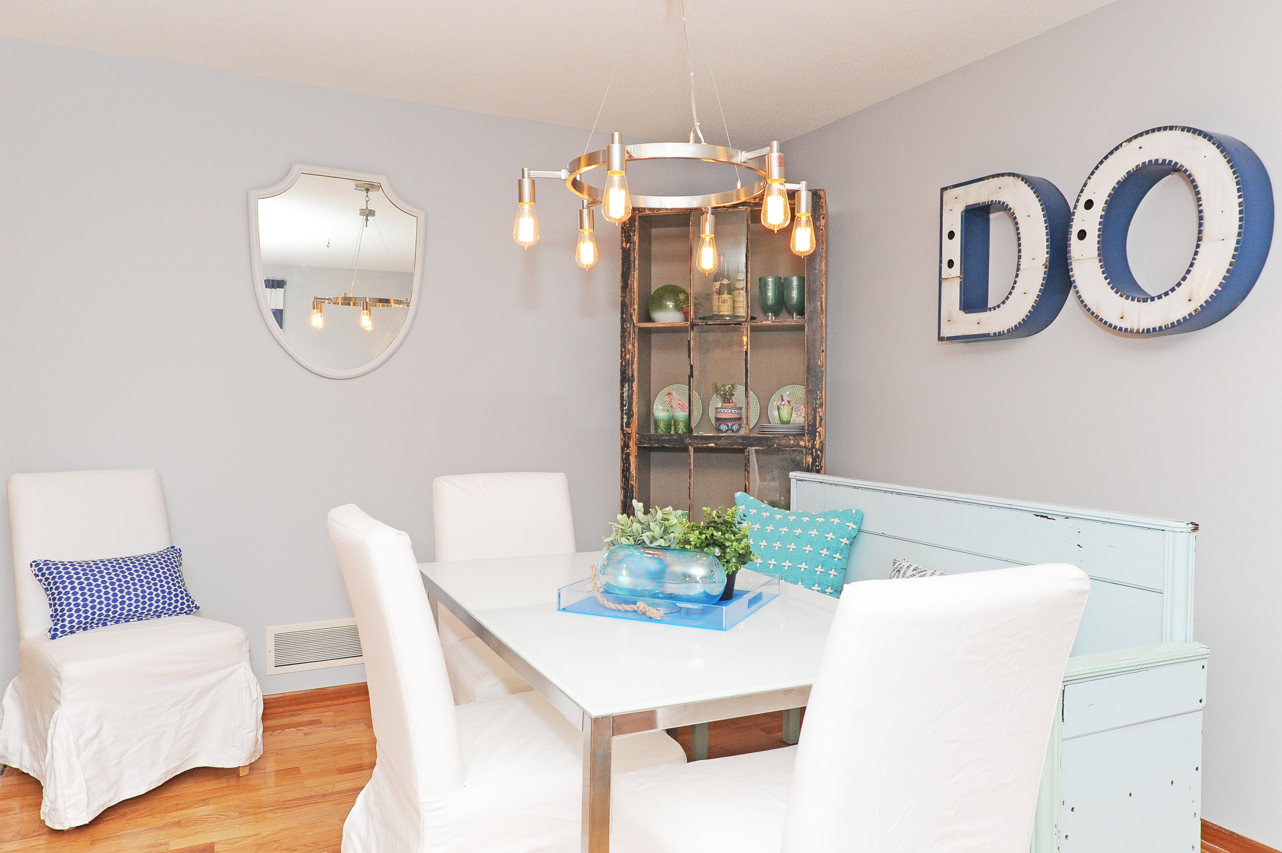 6 Dining Room