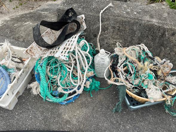 A.『海の藻屑』