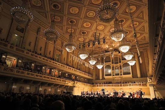 1906 Philharmonie 2.jpg