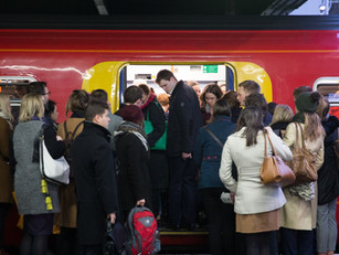 Avoid Christmas Rail Chaos
