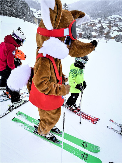 Skiing with Foxy in Lech