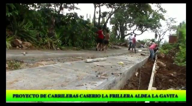 AVANCES DEL PROYECTO: MEJORAMIENTO CALLE (RODADAS) FRENTE A ESCUELA PREPRIMARIA, LA FRILLERA, PUEBLO NUEVO VIÑAS, SANTA ROSA, ADMINISTRACIÓN MUNICIPAL 2016-2020 CONTINUAMOS TRABAJANDO POR EL MUNICIPIO QUE TODOS ANHELAMOS.