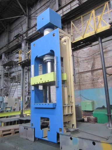 ДГ2434 250 т.ус. гидравлический пресс