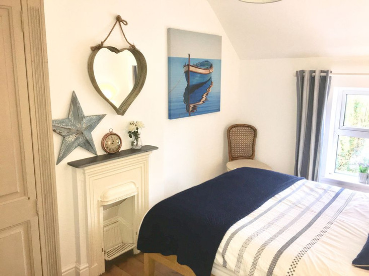 Min-Y-Ffordd Bedroom One 2.jpg